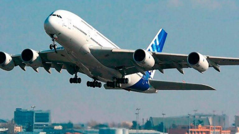 CN recibe proyecto de ley para fomentar transporte aéreo de bajo costo