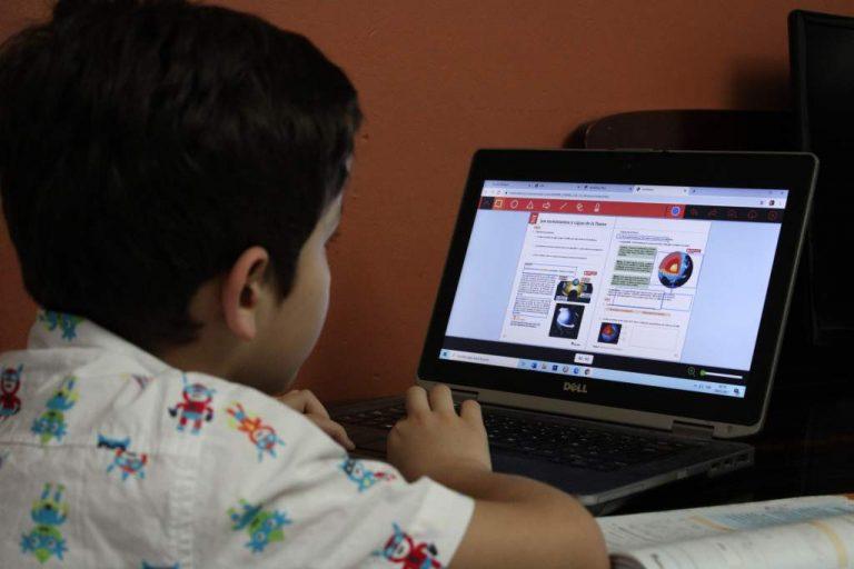 Honduras: el 73 % de los padres solo pueden costear internet para un hijo