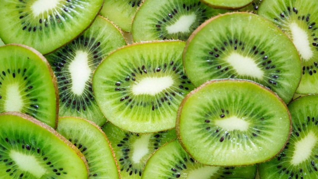 beneficios del kiwi salud