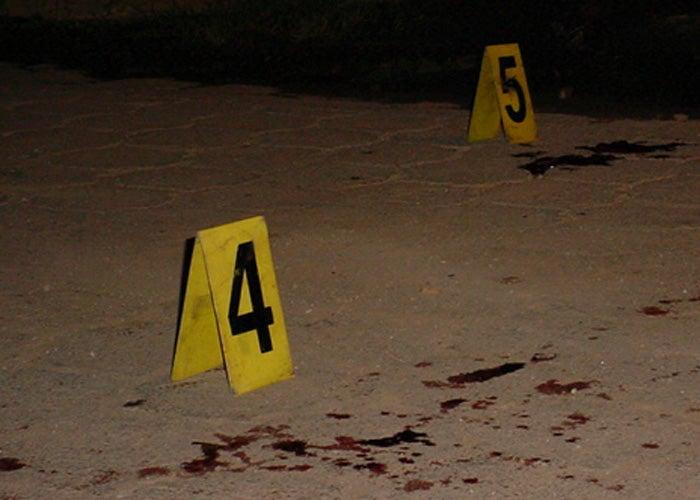 Afuera de una cantina matan a mujer en Olancho