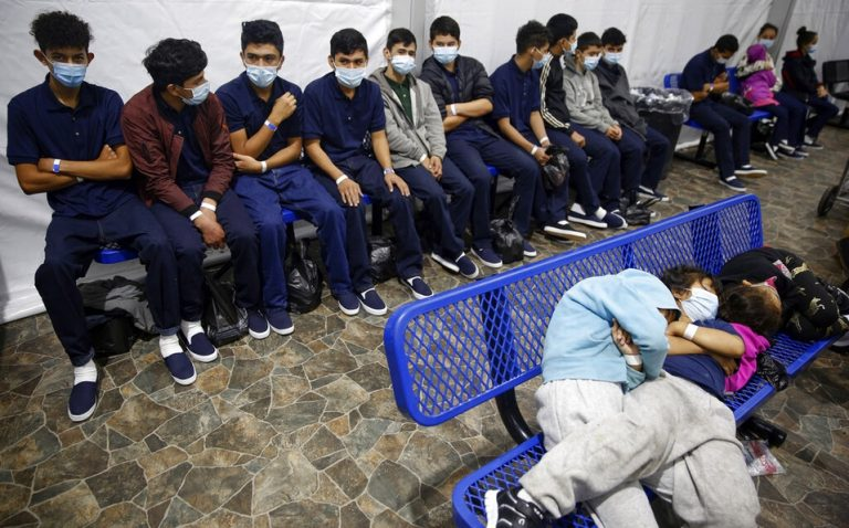 EEUU reabre asilo para víctimas de violencia machista o de pandillas