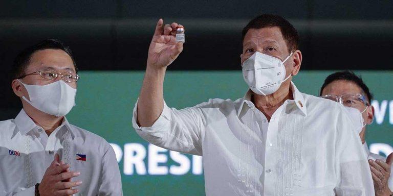 Presidente de Filipinas pone a elegir a sus ciudadanos: La vacuna o la cárcel
