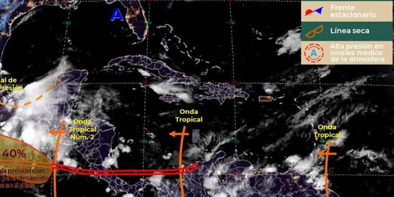 """""""Tren de ondas"""": Anuncian densa nubosidad con lluvias en la región centroamericana"""