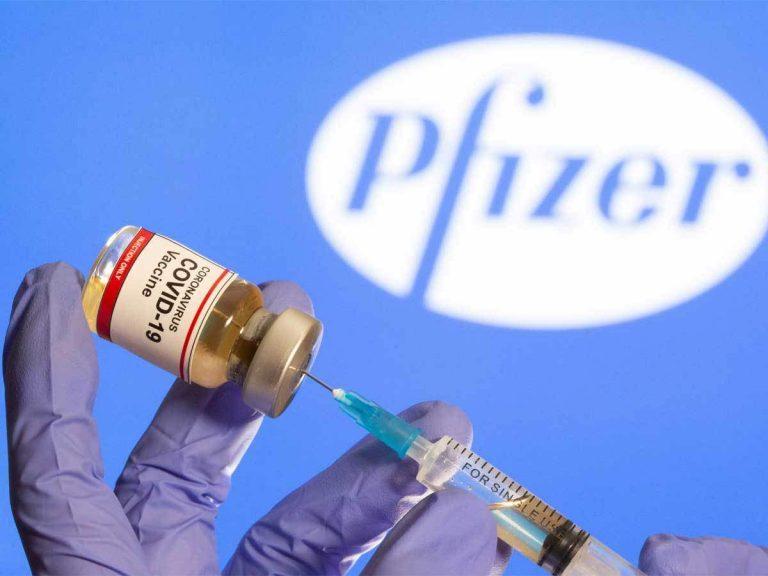 COVID-19: Pfizer solo garantiza eficacia de su vacuna con ambas dosis en 21 días