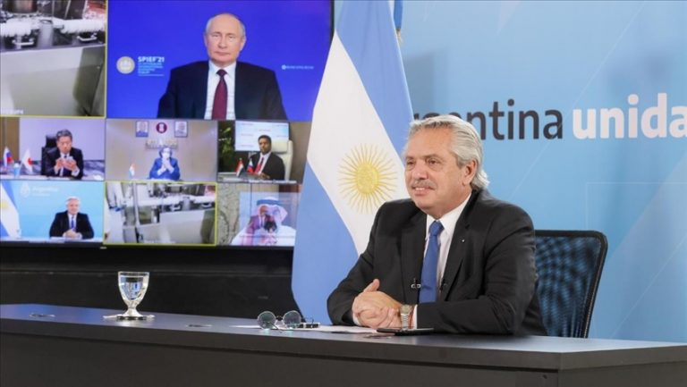 Con un millón de dosis al mes, Argentina empezará producción de la Sputnik V