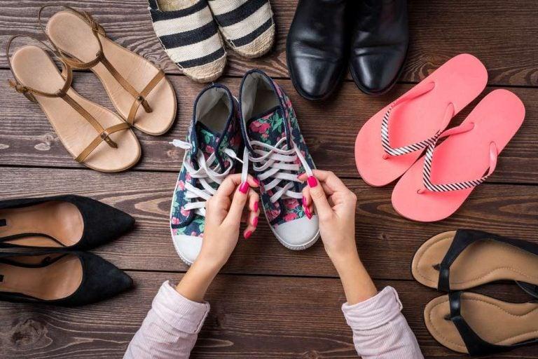 DE MUJERES  Diez tipos de zapatos que no pueden faltarte