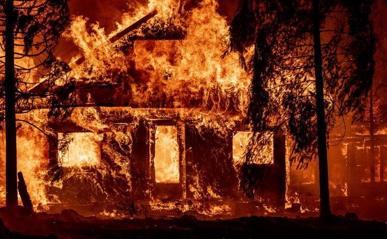 California en llamas por un incendio que causó su propio clima