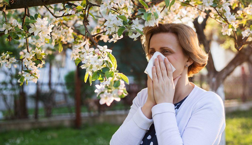 Personas con alergias inmunes a COVID