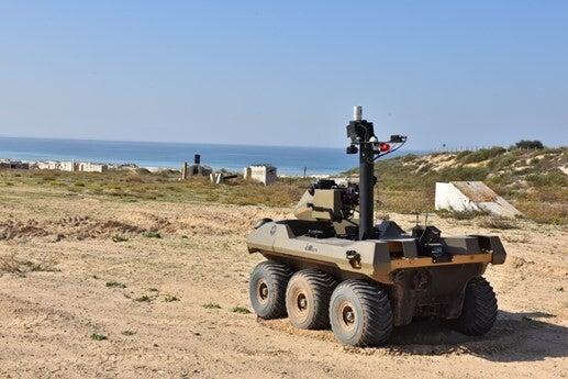 """""""Jaguar"""", el robot armado con una ametralladora que vigilará la Franja de Gaza"""