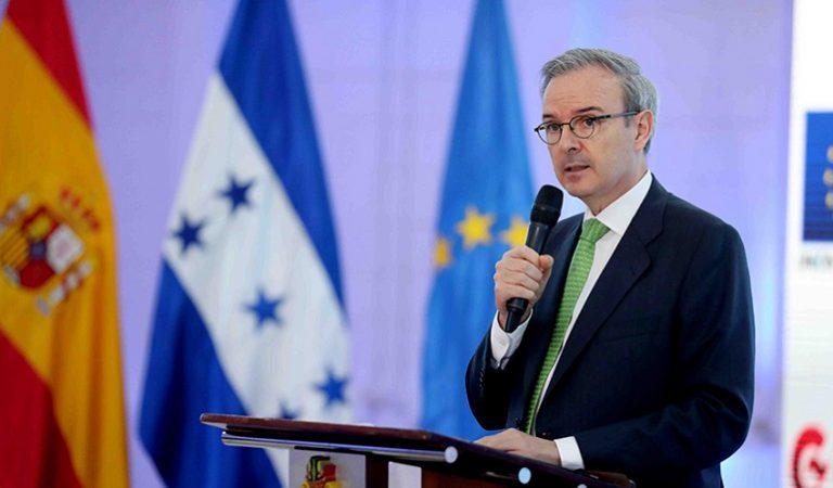 España donará $200 millones a Honduras para reconstruir zonas afectadas por huracanes