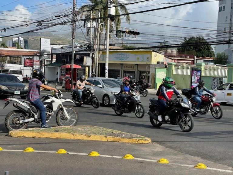 Proliferación de motos y accidentes, un fenómeno para el que Honduras no está lista