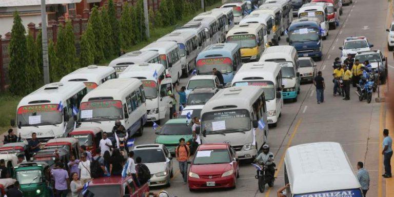 Transportistas anuncian: Mañana hay paro de unidades a nivel nacional