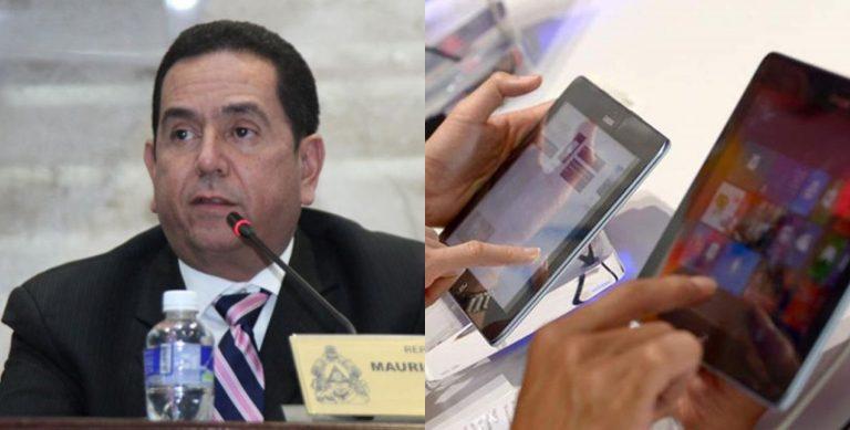 «Nuestro partido es rural, aldeano», dice «Toño» Rivera en rechazo a tablets