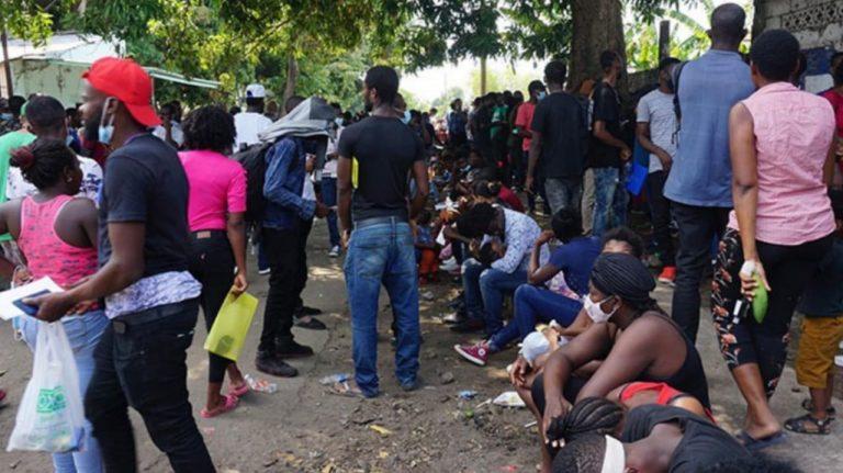 Iglesia católica pide no castigar a quienes ayudan a migrantes haitianos