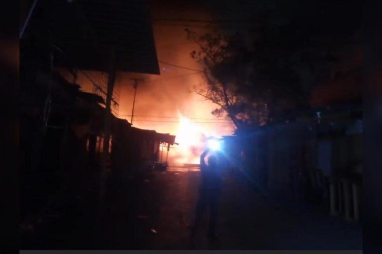 Incendio de «gran magnitud» acecha varios establecimientos comerciales en SPS