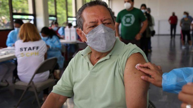 Mañana inicia vacunación contra COVID-19 para periodistas faltantes