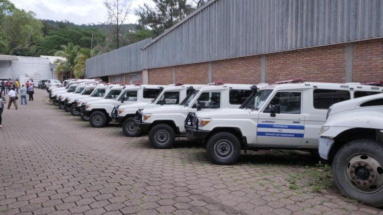 22 ambulancias para afrontar la pandemia financiará el BCIE a Honduras