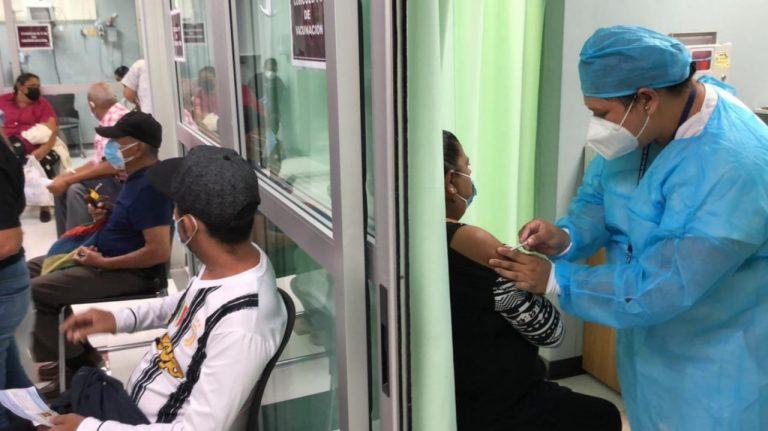 COVID-19: Dónde y quiénes se pueden vacunar hoy en TGU y SPS