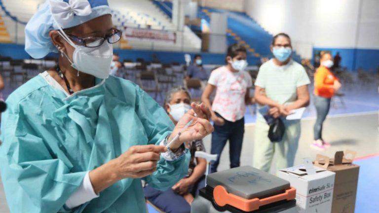 SÁBADO: Dónde y quiénes se vacunan hoy en SPS y el Distrito Central