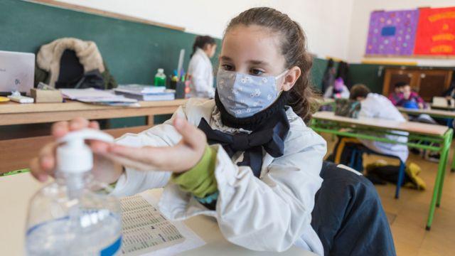Sinager estudiantes vacunados