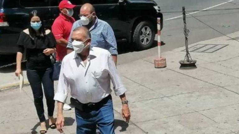 Expresidente Porfirio Lobo pide al MP seguir investigaciones en su contra