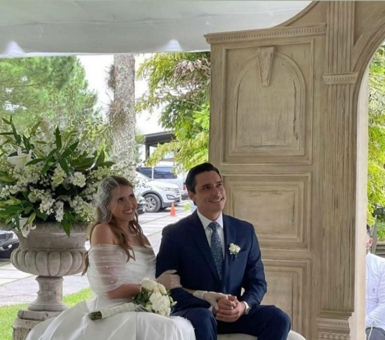 Kilvett Bertrand y Andrea Matamoros se casan e irradian felicidad