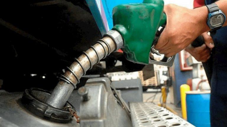 Mínimas rebajas en algunos combustibles: anuncian nuevos precios desde el lunes