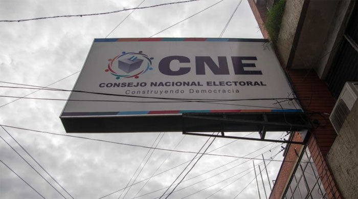 CNE problemas votos