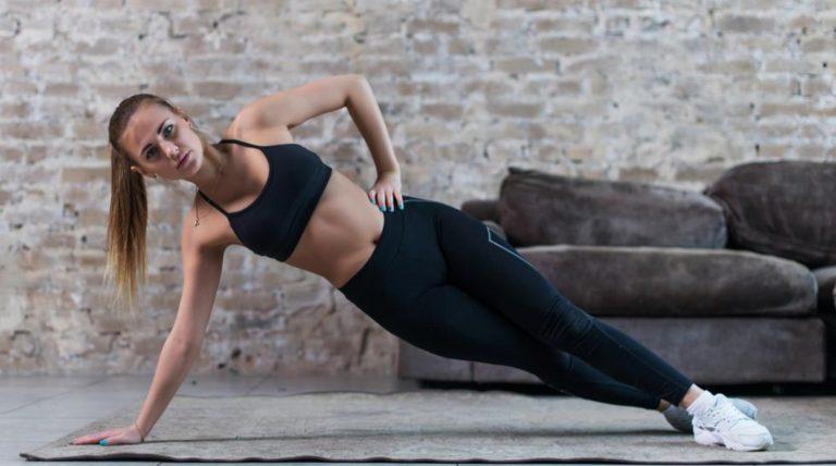 DE MUJERES  Fortalece los oblicuos y logra un abdomen «sexy» con estos ejercicios