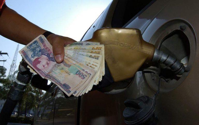 Agosto iniciará con una nueva alza al precio de los combustibles