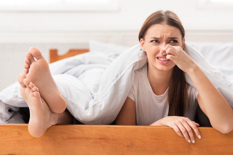 SALUD | Seis cosas que no sabías que causan el mal olor en los pies
