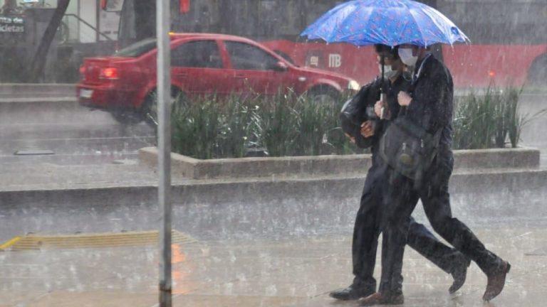 CLIMA DE HOY: Onda tropical dejará lluvias y cielos nublados en Honduras