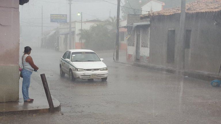 Semana lluviosa para Honduras: sale una onda tropical e ingresa otra al país