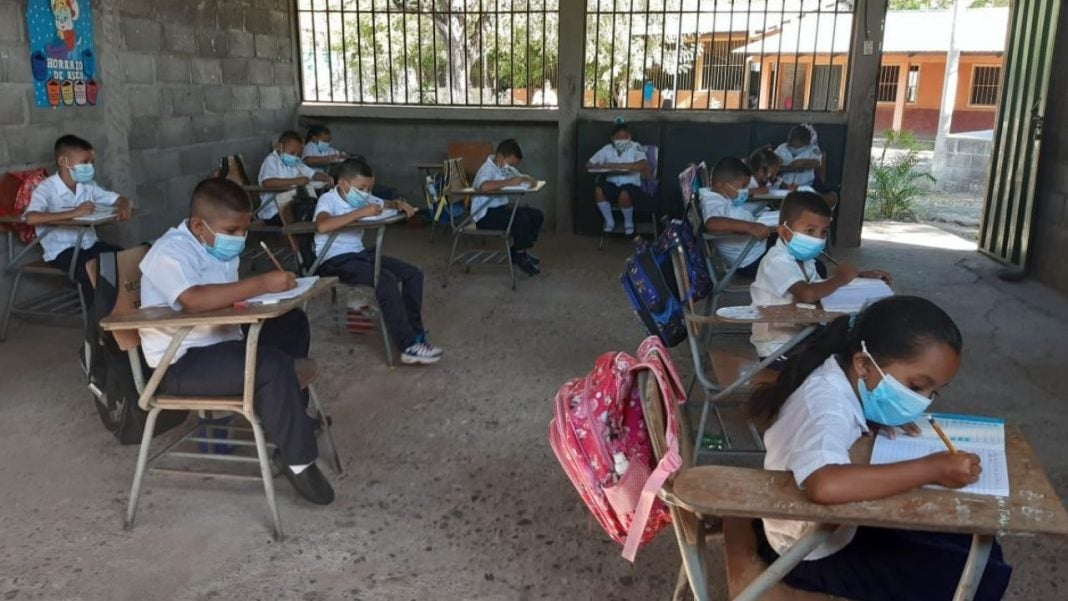clases semipresenciales en agosto honduras