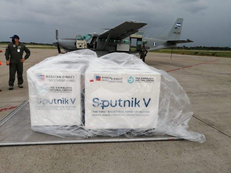 Llegan las otras 20 mil dosis del segundo componente de Sputnik V