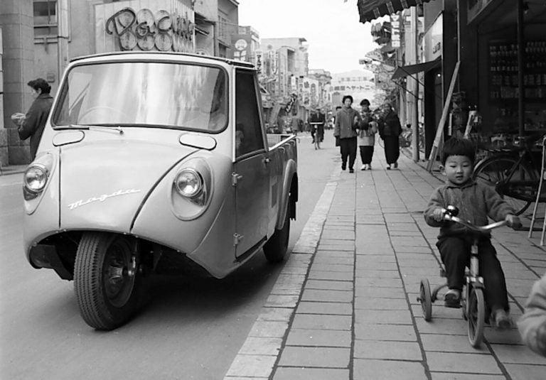 Del corcho a los carros: A Mazda no la detuvo ni la bomba nuclear
