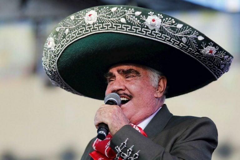 Vicente Fernández sigue grave pero ya tendría listo su testamento