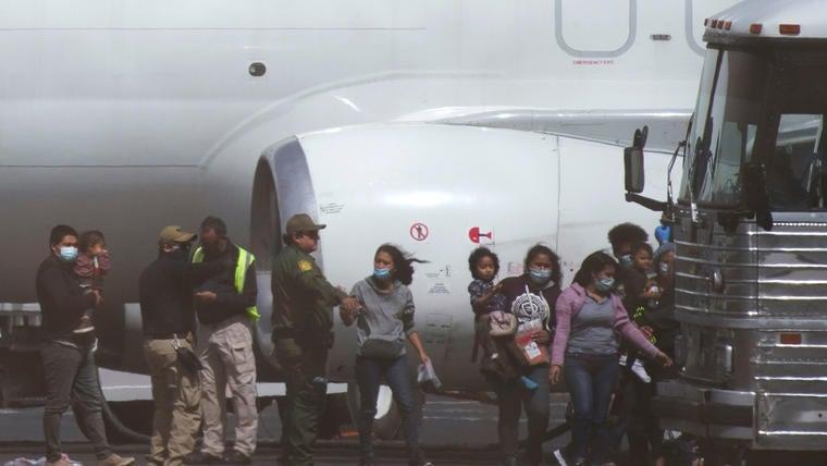 EEUU   En 2021, 200 mil encuentros con migrantes hondureños