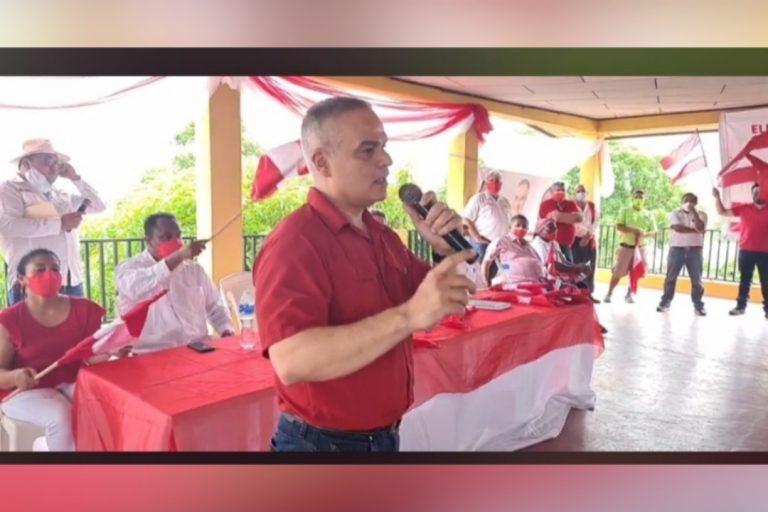 Yani juramenta Consejo Local Departamental de San Manuel, Cortés