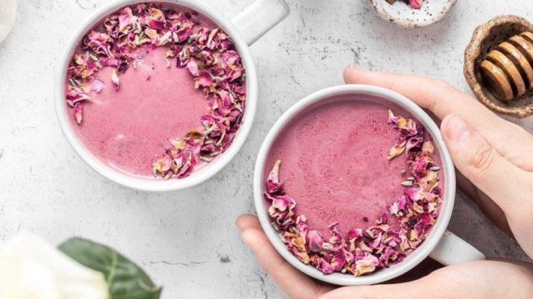 ¿Qué es y para qué sirve la Pink Moon Milk?