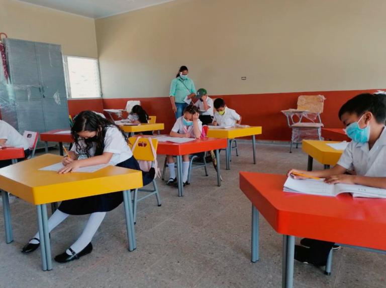 ¿Qué centros educativos retornan a clases? Educación lo revela