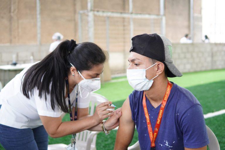 MARTES: ¿Quiénes pueden vacunarse hoy contra el COVID?