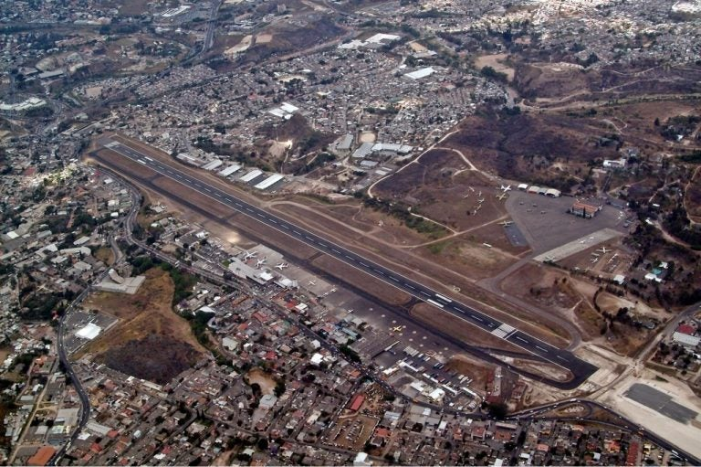 Espacios para laborar en Palmerola piden empleados de Toncontín