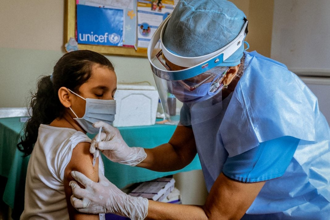 vacunación en niños y niñas