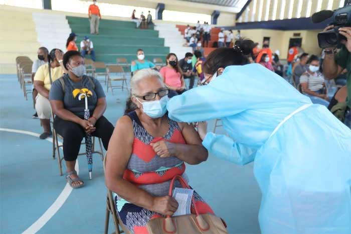 """Casi 22 mil dosis aplicadas en """"Vacunatón"""" del Litoral Atlántico"""
