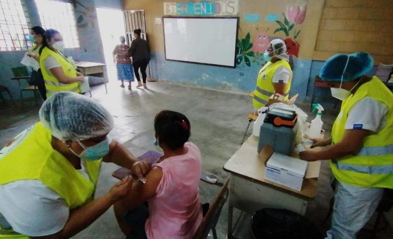 Municipalidad de SPS arranca con brigadas móviles de vacunación