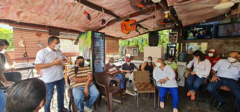 SPS: «Toñito» Rivera se reúne con vendedores del sector informal