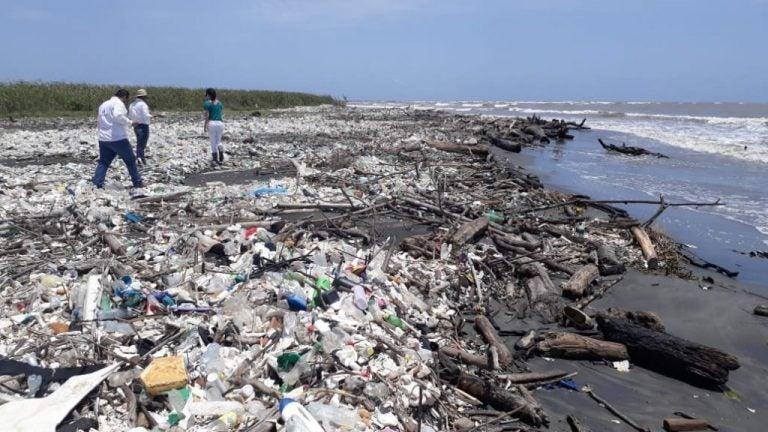 COHEP envía carta a Giammattei por basura del río Motagua