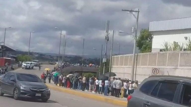 Periodistas reciben segunda dosis de la Sputnik V en Tegucigalpa