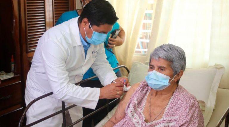 Domingo | Más de 1 millón de vacunados; ¿a quién le toca hoy?